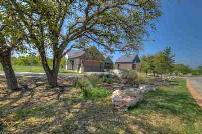 Summit Rock Single Family Home For Sale: 317 Grove Court