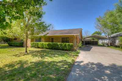 Single Family Home For Sale: 1006 N Boundary