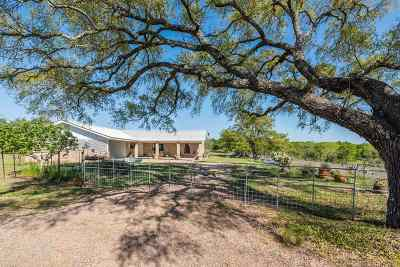 Marble Falls Single Family Home For Sale: 101 Big Oak
