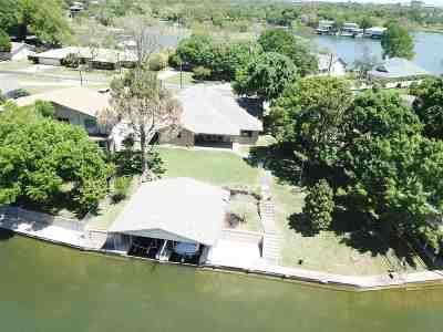 Burnet County Single Family Home For Sale: 313 E Pheasant