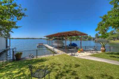 Single Family Home For Sale: 206 Bluebird Circle