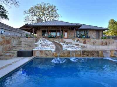 Kingsland Single Family Home For Sale: 1720 Bluebonnet Ln