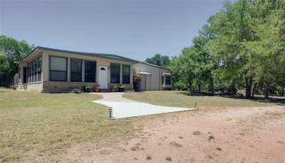 Kingsland TX Single Family Home For Sale: $210,000