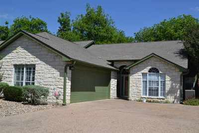 Marble Falls Single Family Home For Sale: 23 Augusta