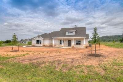 Burnet County Single Family Home For Sale: 112 Wranglers Way