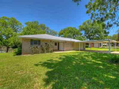 Kingsland TX Single Family Home For Sale: $475,000