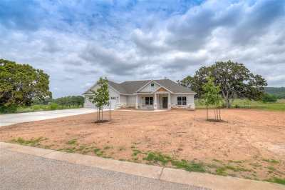 Burnet Single Family Home For Sale: 106 Wranglers