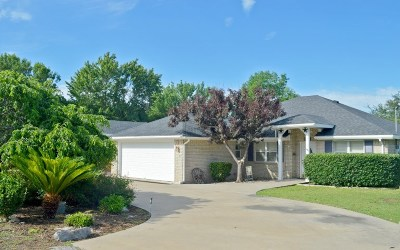 Burnet County Single Family Home For Sale: 113 Bobolink