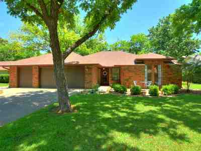 Burnet County Single Family Home For Sale: 334 Columbine