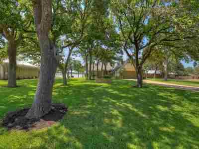 Burnet Single Family Home For Sale: 106 Agarita