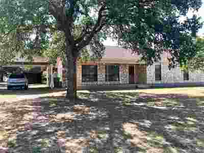 Burnet Single Family Home For Sale: 204 Stirrup