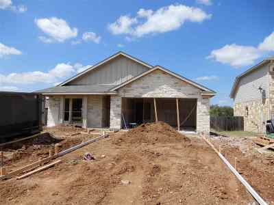Marble Falls Single Family Home For Sale: 1302 Primrose Ln