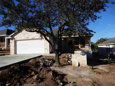 Marble Falls Single Family Home For Sale: 1316 Primrose Ln