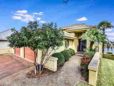 Horseshoe Bay Single Family Home For Sale: 223 Dominion Drive