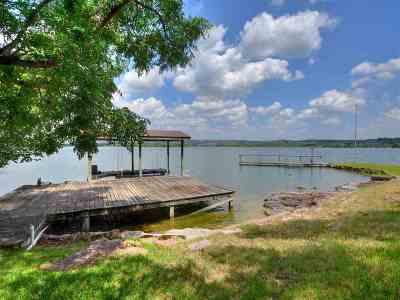 Buchanan Dam Single Family Home For Sale: 916 S Rockwood