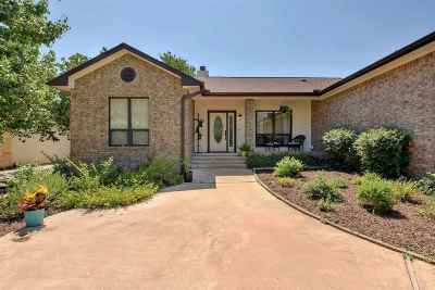 Marble Falls Single Family Home Pending-Taking Backups: 3307 E Scenic