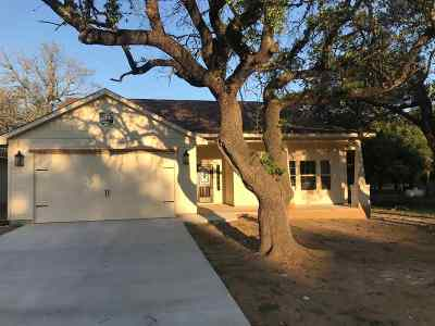Bertram TX Single Family Home For Sale: $228,250