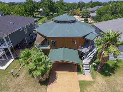Kingsland Single Family Home For Sale: 3904 Apache