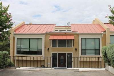 Horseshoe Bay TX Single Family Home For Sale: $165,000