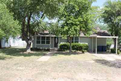 Marble Falls Single Family Home Pending-Taking Backups: 1009 E