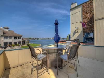 Horseshoe Bay Single Family Home For Sale: 606 Horseshoe Bay North