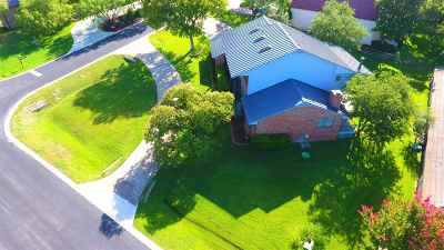 Horseshoe Bay Single Family Home For Sale: 608 Sombrero