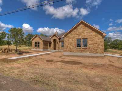 Granite Shoals Single Family Home Pending-Taking Backups: 900 S Castlehills