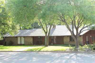 Marble Falls Single Family Home For Sale: 1208 Arbor Lane