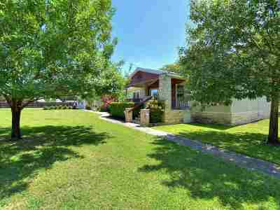 marble falls Single Family Home Pending-Taking Backups: 1947 Fm 1980