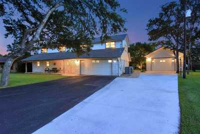 Single Family Home For Sale: 111 Crane Dr.