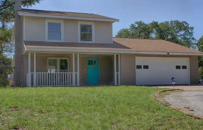 Horseshoe Bay TX Single Family Home For Sale: $310,000