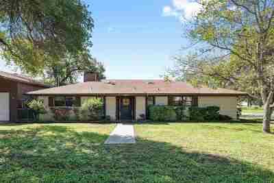Buchanan Dam Single Family Home For Sale: 302 Elm