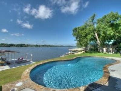 Kingsland TX Single Family Home For Sale: $1,400,000