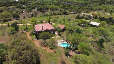 Burnet Single Family Home For Sale: 1400 Rocky Hollow