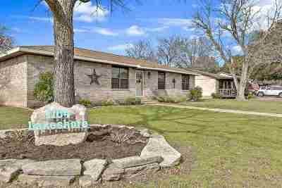 Marble Falls Single Family Home For Sale: 1104 Lakeshore