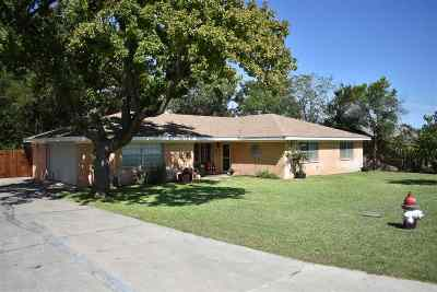 Lampasas Single Family Home For Sale: 9 Chris James Ave
