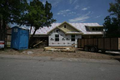 Marble Falls Single Family Home Pending-Taking Backups: 511 Woodland Park Drive