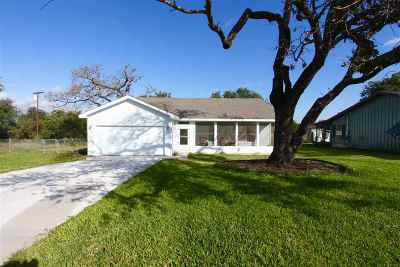 Kingsland Single Family Home Pending-Taking Backups: 1513 Packsaddle