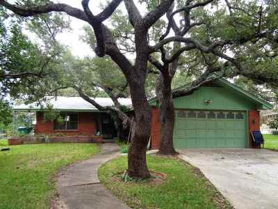 Buchanan Dam TX Single Family Home Pending-Taking Backups: $225,000