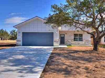 Burnet County Single Family Home For Sale: 461 Dove Trail