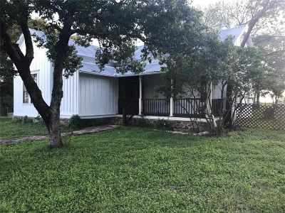 marble falls Single Family Home For Sale: 400 Hickory Creek
