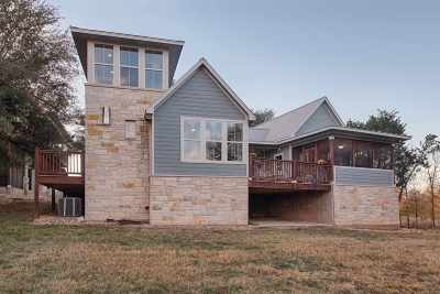 Marble Falls Single Family Home For Sale: 348 Chimney Cove