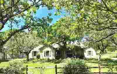 Marble Falls Single Family Home For Sale: 327 Lariat