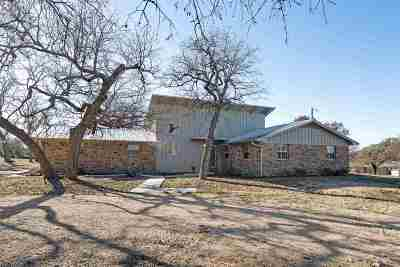 Marble Falls Single Family Home Pending-Taking Backups: 218 Tierra Verde