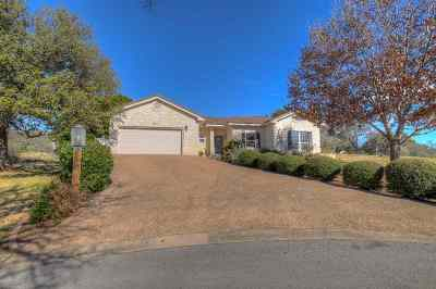 Horseshoe Bay TX Single Family Home For Sale: $289,000