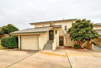 Horseshoe Bay TX Multi Family Home For Sale: $250,000