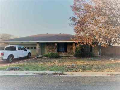 Lampasas Single Family Home For Sale: 32 Snell Dr.