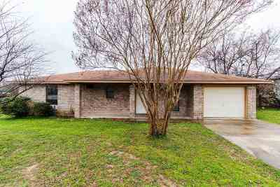 Marble Falls Single Family Home For Sale: 1108 Cedar