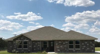 Lampasas County Single Family Home For Sale: 406 Dawns Peak