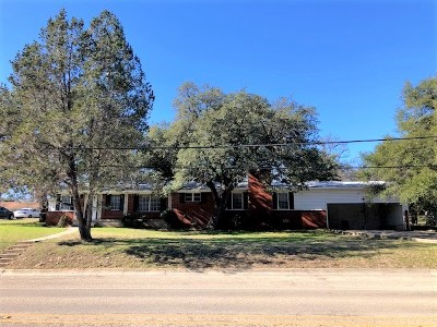 Lampasas County Single Family Home For Sale: 508 S Howe